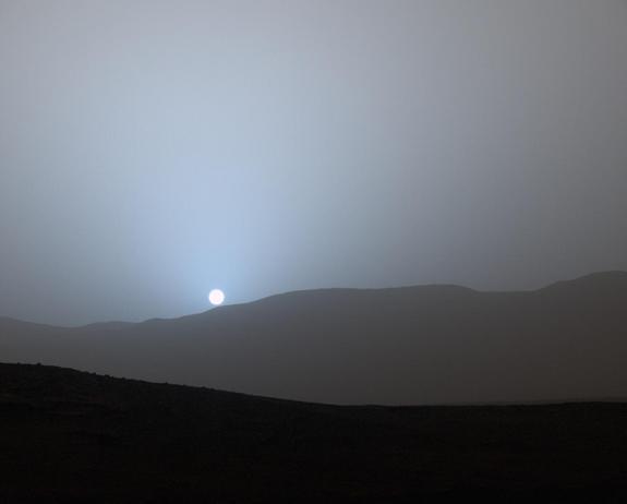mars-rover-curiosity-sunset